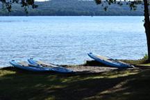 Glen Lake Marine Rentals, Pontoon Boat Rentals and Fishing Boat Rentals in Glen Lake Michigan for Glen Arbor and South Lake Leelanau and South Leelanau County