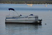 Glen Lake Marine Rentals, Jet Ski, Pontoon Boat Rentals and Fishing Boat Rentals in Glen Lake Michigan for Glen Arbor and South Lake Leelanau and South Leelanau County