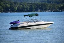 Glen Lake Marine Pontoon Boat Rentals and Fishing Boat Rentals in Glen Lake Michigan for Glen Arbor and South Lake Leelanau and South Leelanau County